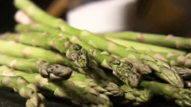 E. How to Cook Asparagus Promo Image