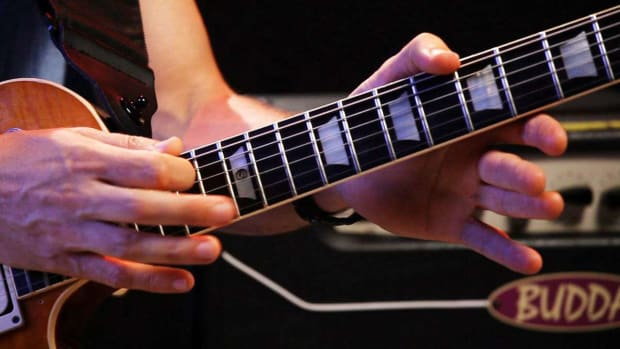 ZV. How to Do 2 Techniques with Two-Hand Tapping on Guitar Promo Image