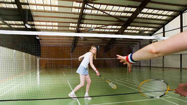 Q. How to Do a Badminton Backhand Overhead Clear Shot Promo Image