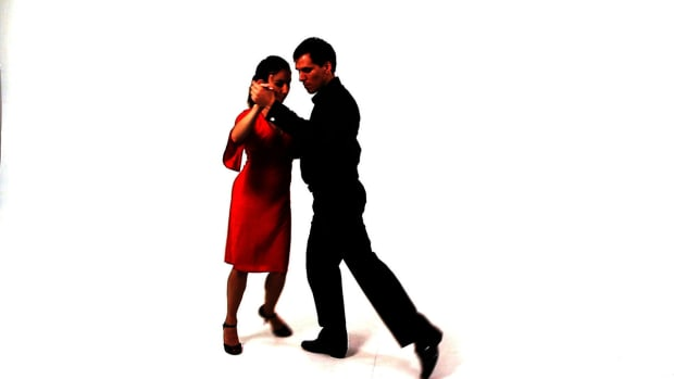 ZI. How to Do Enrosques in the Argentine Tango Promo Image