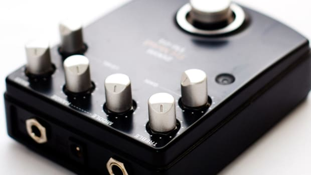ZB. What Is a Fuzz Guitar Pedal? Promo Image