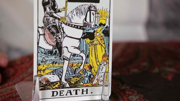 ZD. How to Read the Death Tarot Card Promo Image