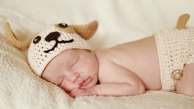 H. How to Crochet a Baby Hat Promo Image