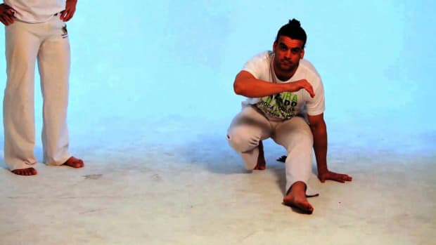 P. How to Do the S-Dobrado in Capoeira Promo Image