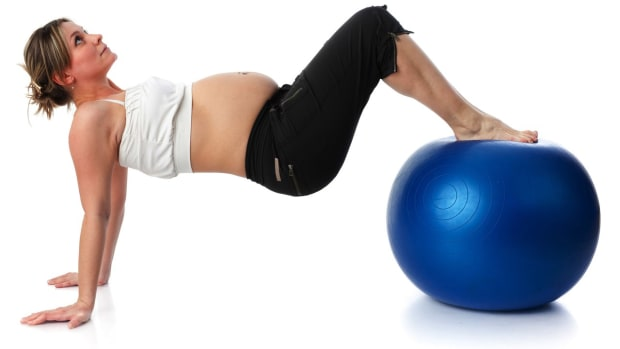ZH. Pilates Moves to Avoid While Pregnant Promo Image