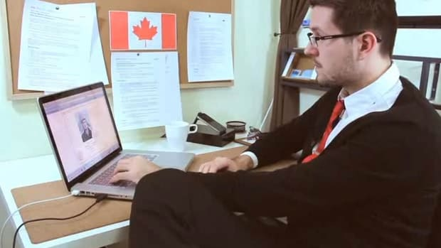 H. How to Write a Job Offer Letter in Canada Promo Image