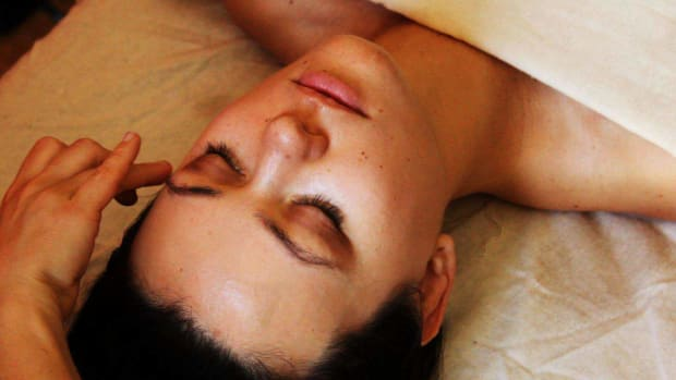 T. How to Give a Face Massage using Ayurvedic Body Massage Promo Image