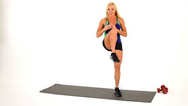 Q. How to Do a Side-to-Side Plié for a Sexy Legs Workout Promo Image