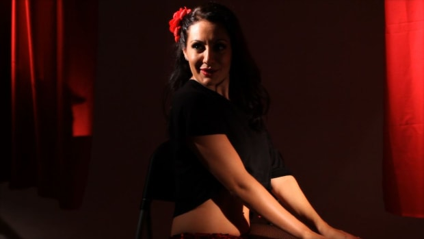 Z. How to Put on a Dita Von Teese Burlesque Dance Show Promo Image