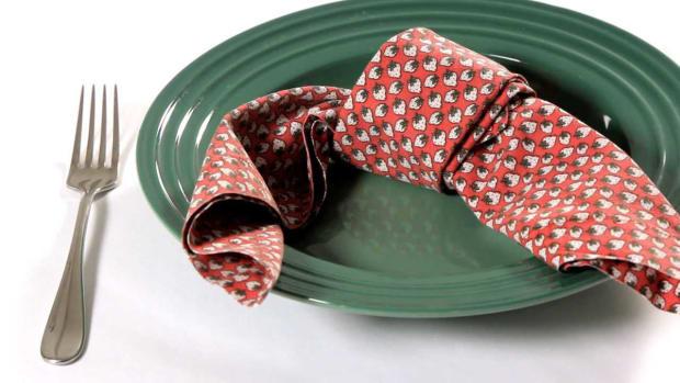 O. How to Fold a Napkin into a Lovers' Knot Promo Image