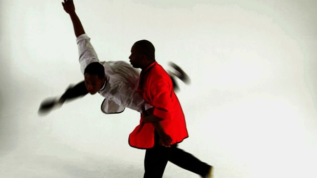 ZZA. How to Do the Butterfly Kick in Shaolin Kung Fu Promo Image
