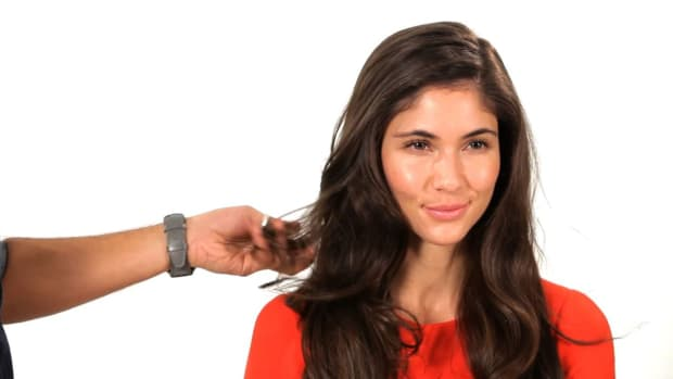 D. How to Blow Dry for Big, Bouncy Hair Promo Image