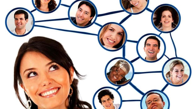 Y. Do's & Don'ts of Networking in PR Promo Image