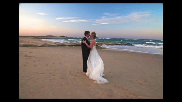 N. 3 Wedding Photography Background Tips Promo Image