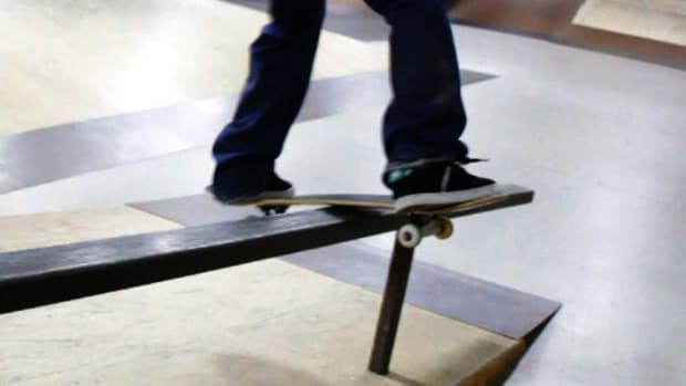 R. How to Do a Lipslide on a Skateboard Promo Image