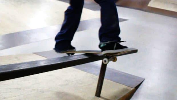 R. How to Do a Lipslide on a Skateboard Promo Image