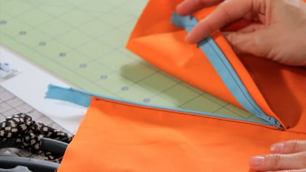 S. How to Sew a Lapped Zipper with a Sewing Machine Promo Image