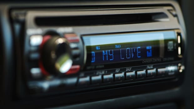 S. Best Car Stereos for Portable Digital Audio Players Promo Image