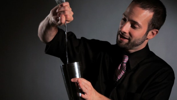 W. How to Do the Figure 8 with Bounce Cut Flair Bartending Move Promo Image