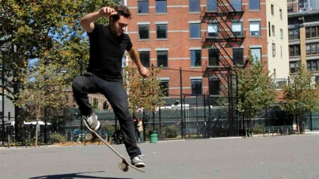 X. How to Do a Fakie 180 Frontside on a Skateboard Promo Image