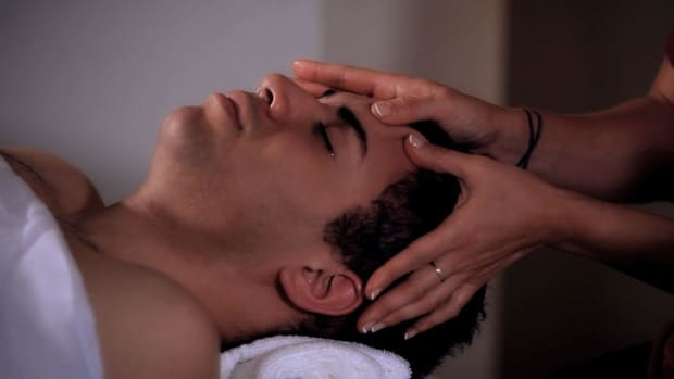 I. How to Do the Kneading Massage Technique during Head Massage Promo Image