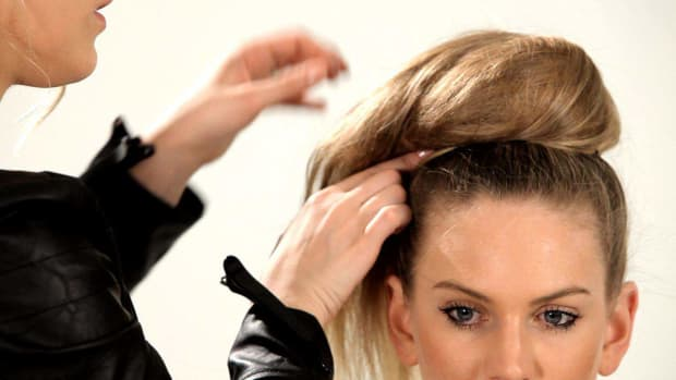 S. How to Do a Braided Top Knot Promo Image
