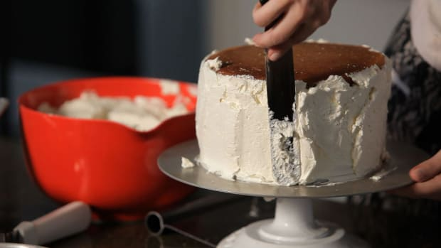 C. How to Fill & Frost a Wedding Cake Promo Image
