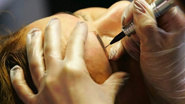 ZR. How to Use Tattooing to Hide Hair Loss Promo Image