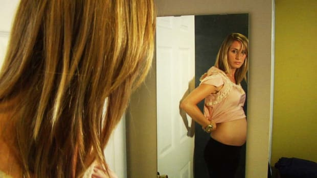 G. How to Gain the Right Amount of Weight during Your Pregnancy Promo Image