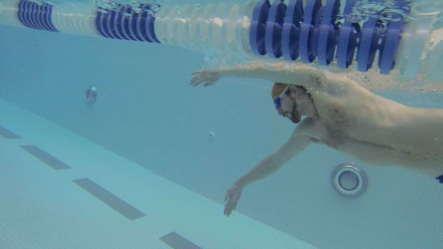 W. How to Do the Corkscrew Swimming Stroke Promo Image
