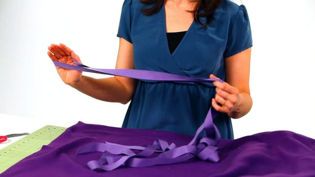 P. How to Pick the Fabric & Ribbon for No-Sew Cape Promo Image