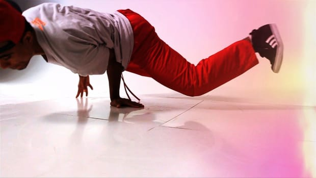 ZL. How to Do a Jackhammer in Break Dancing Promo Image