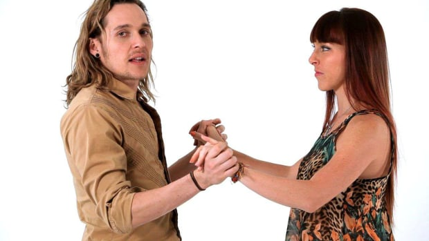 ZC. How to Do Easy Funky Salsa Moves Promo Image