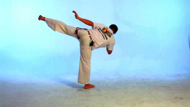 S. How to Do the Pisao in Capoeira Promo Image
