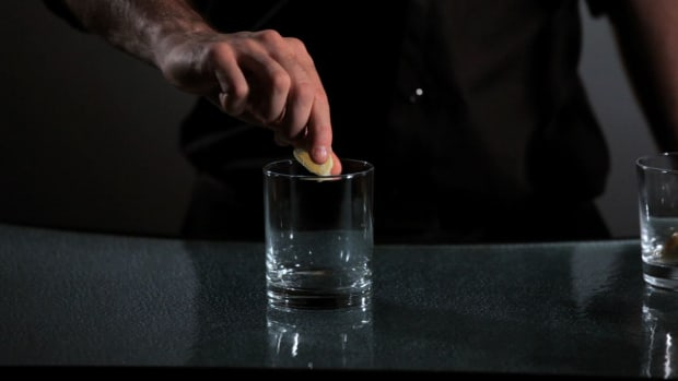 ZH. How to Garnish Cocktails with Flair Promo Image