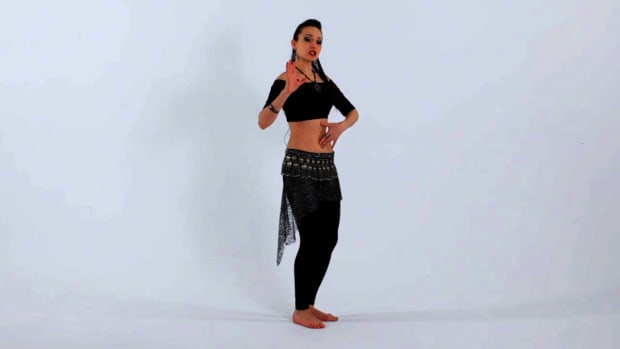 ZF. How to Do a Belly Isolation in Belly Dancing Promo Image