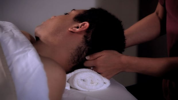 D. How to Massage the Scalp during a Head Massage Promo Image