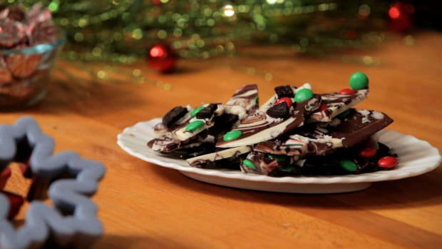 L. How to Make Decked Out Peppermint Bark Promo Image