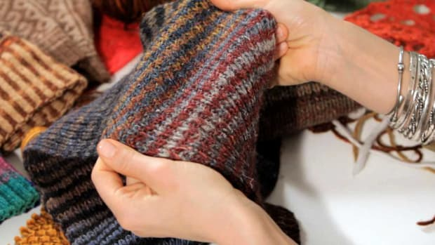 ZH. Basic Knitting Stitches for a Scarf Promo Image