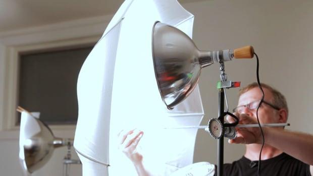 O. How to Use a Photography Umbrella for Portraits Promo Image