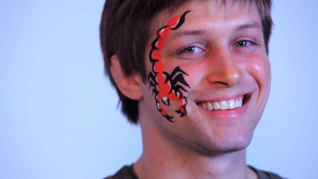 ZL. How to Paint a Scorpion with Face Paint Promo Image