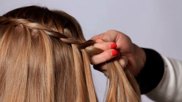 H. How to Do a Waterfall Hair Braid Promo Image