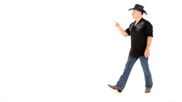 Q. How to Do Turns in Line Dancing Promo Image