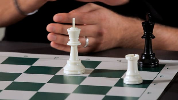 ZC. How to Achieve Checkmate with Only the King & Rook Promo Image