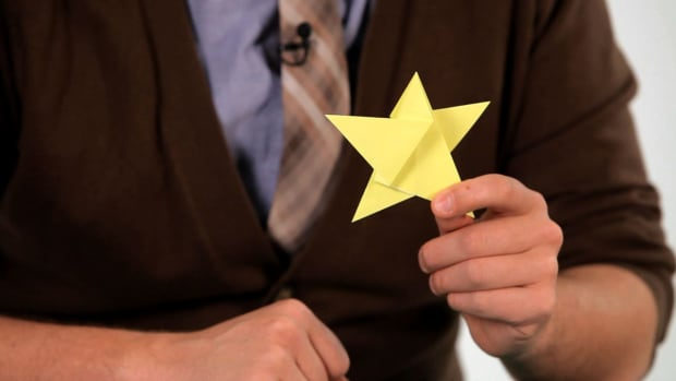 M. How to Make an Origami Star Promo Image