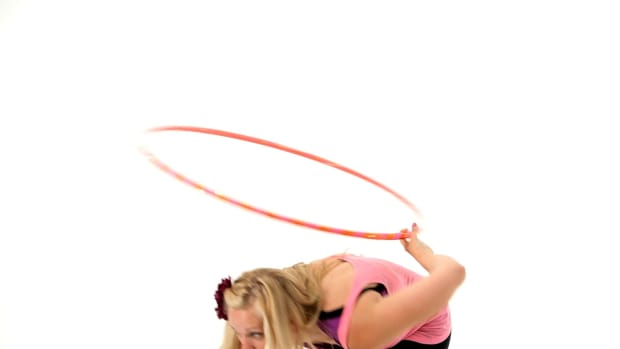 ZG. How to Do a Hula Hoop Duck In Promo Image