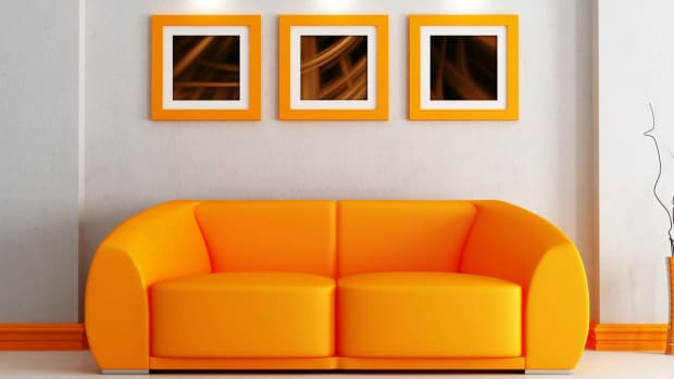 ZH. How to Decorate the Living Room of a Small Apartment Promo Image