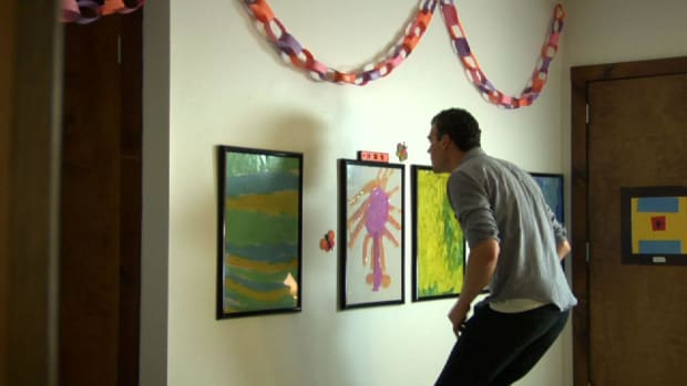 V. Quick Tips: How to Avoid Scratching the Wall with Picture Frames Promo Image