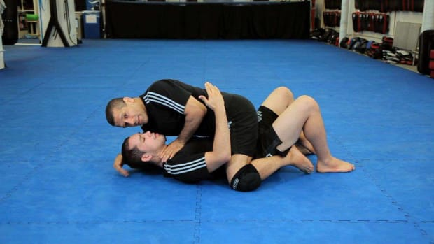 ZD. How to Do a Copacabana Choke from Mount MMA Submission Promo Image