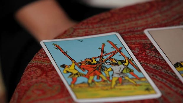 ZQ. How to Read the Fives Tarot Cards Promo Image